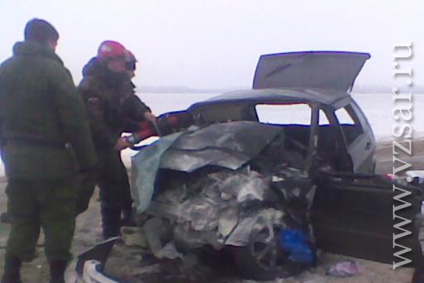 Происшествия; 16:54, 24 мая 2017 в еао при мощнейшем столкновении двух большегрузов погиб, происшествия в