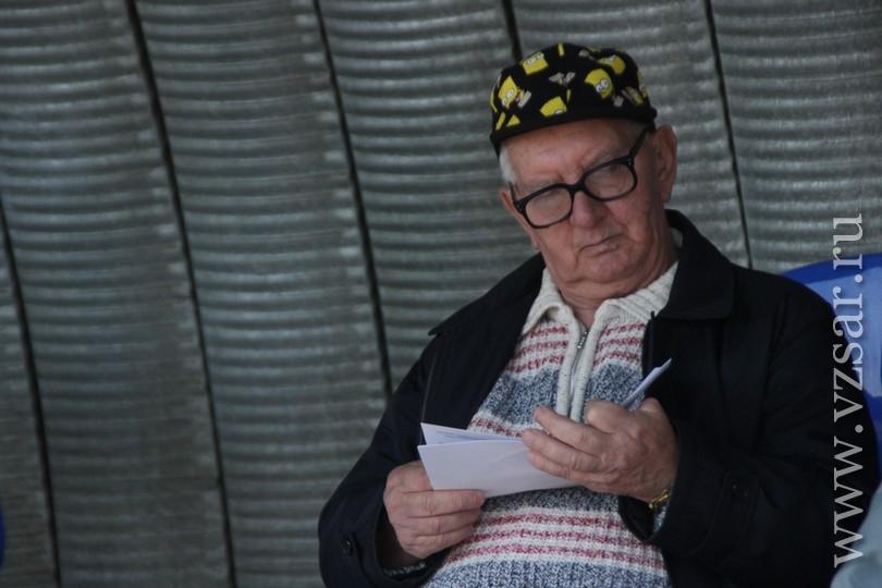 Валерий Радаев вручил Кубок губернатора наезднику наТебелль деСилли