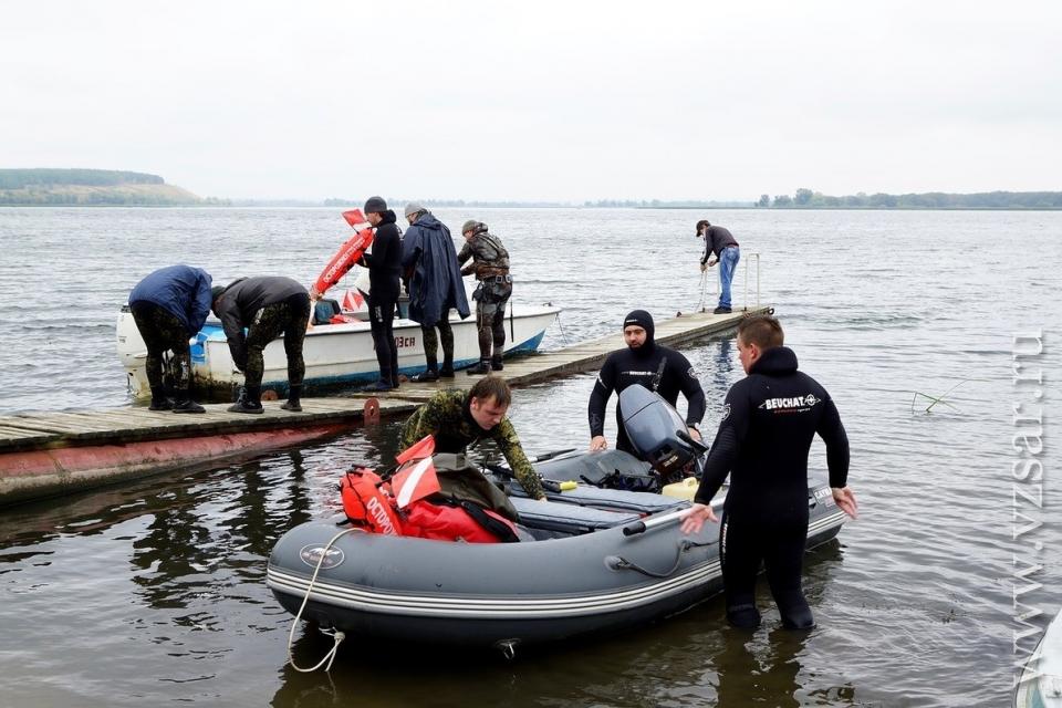 Победитель фестиваля подводной охоты поймал 9-килограммового сома