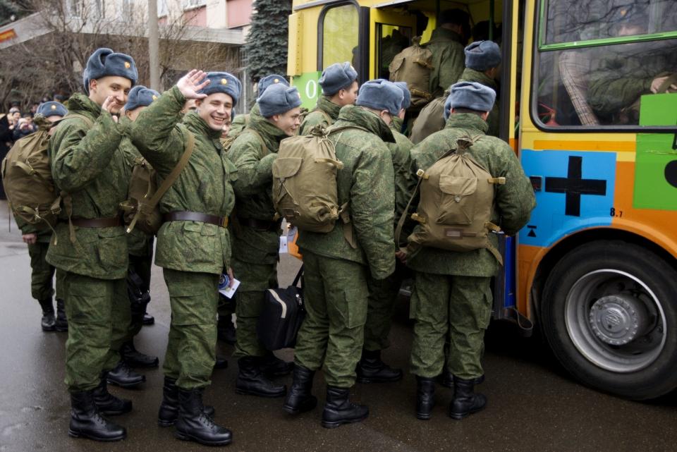 Владимир Путин подписал указ опризыве вармию 134 тыс. человек