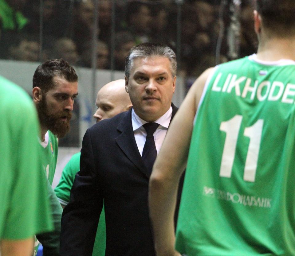 Саратовский баскетбольный «Автодор» объявил осмене главного тренера