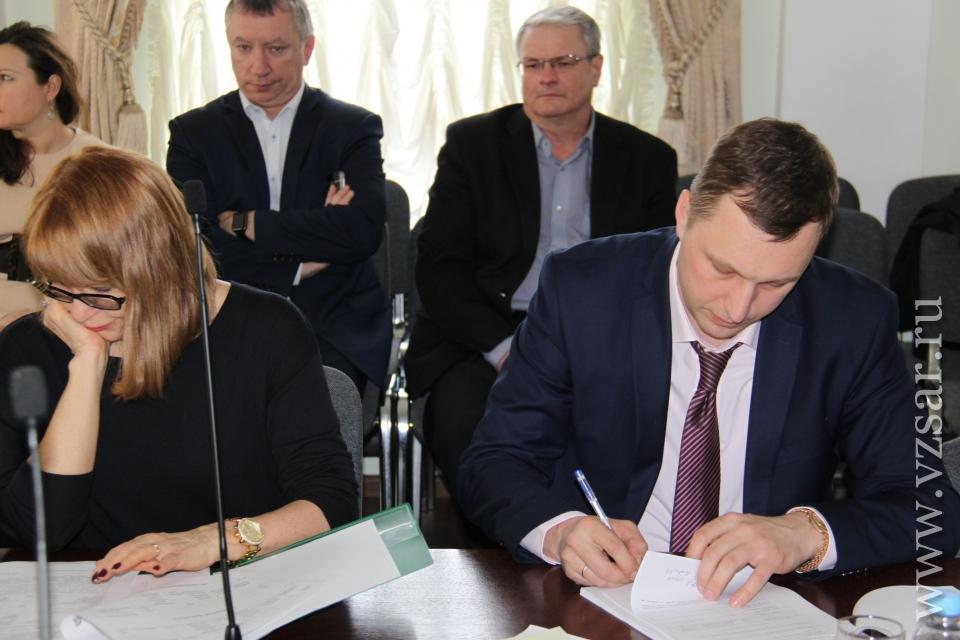 Саратовские народные избранники обсудят возможность введения цельного электронного билета