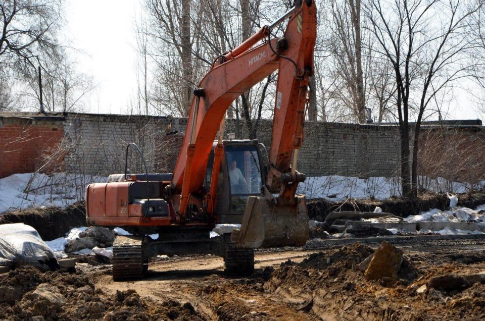 Разработка котлована под фундамент проводится наплощадке стадиона «Авангард» вСаратове