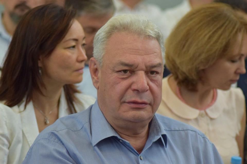 В РФ  могут отменить государственные пенсии