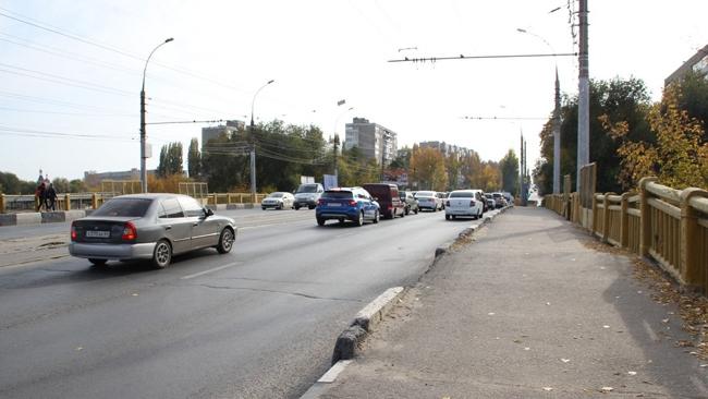 мост на проспекте Энтузиастов