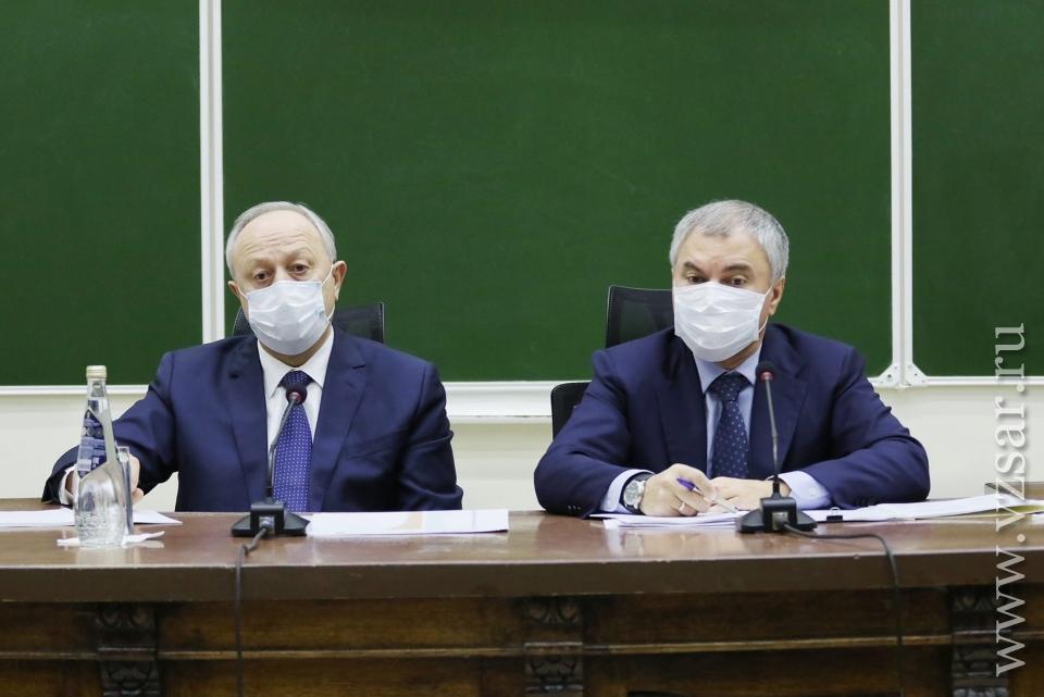 В Саратове КТ от 5000 рублей и простой аппаратов. Спикер ГД поставил вопрос об увольнении чиновников