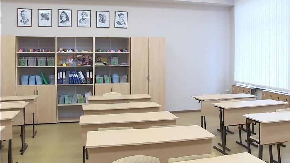 Саратовские школьники с 6 по 11 классы переведены на дистанционное обучение