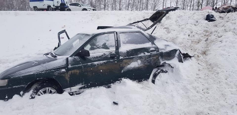 """Автокатастрофа под Саратовом. Погибшие женщины были волонтерами """"Хороших людей"""""""