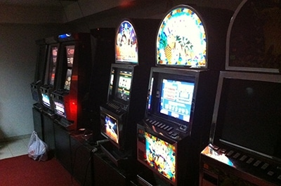 Когда закроют игровые автоматы 2011 бездепозитный бонус казино сентябрь 2013