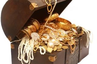 Из квартиры в Саратове похищены драгоценности на 120 тысяч рублей