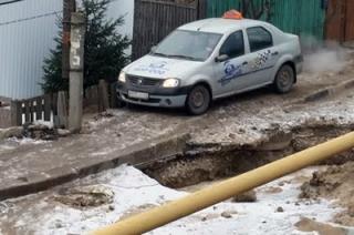 Проезд по улице Черниговская невозможен из-за работ коммунальщиков