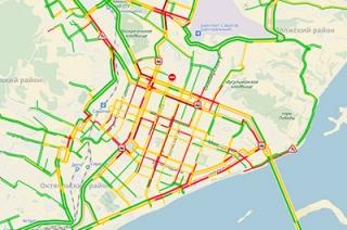 Восьмибалльные пробки: стоят Предмостовая площадь и Чапаева