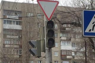 На пересечении Рахова и Большой Казачьей не работают светофоры