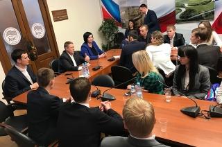 При поддержке Николая Панкова саратовские студенты посетили Госдуму