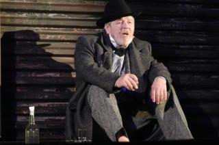 В Саратовском театре драмы вышла премьера о русской тоске и судебной системе