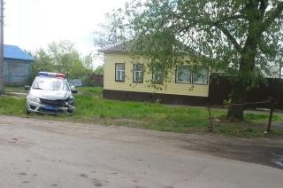 На окраине Балашова экипаж ДПС разбил служебную машину