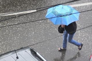 Синоптик: дожди и грозы задержатся в Саратове надолго