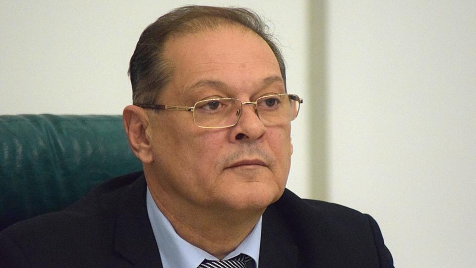 ВСаратове ушел вотставку 1-ый зампред регионального руководства