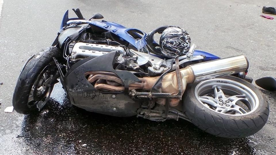 Под Аркадаком мотоцикл сбил пешехода. Есть погибший