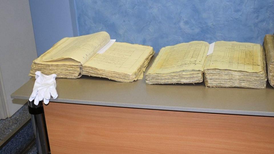 Сотрудница архива Саратовской области «проворонила» стародавние  документы на1,2 млрд  руб.