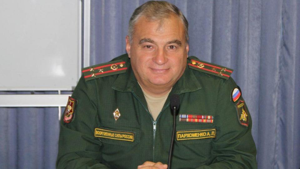 Врио военкома: «Более тысяча человек, которым мынеможем вручить повестку»