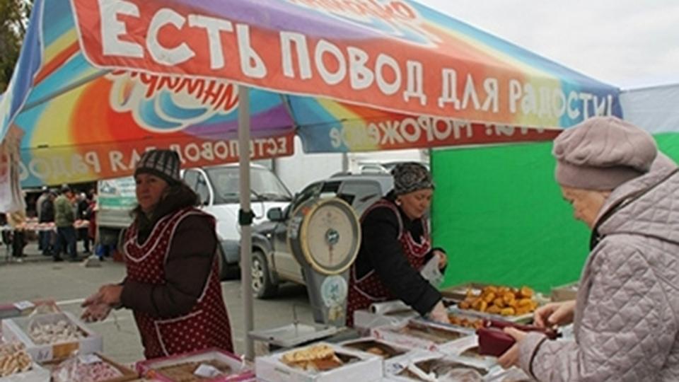 Жители России предпочитают покупать отечественную колбасу поакциям— специалисты