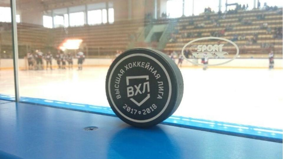 ХК «Мордовия» одержал тяжёлую победу вСаратове