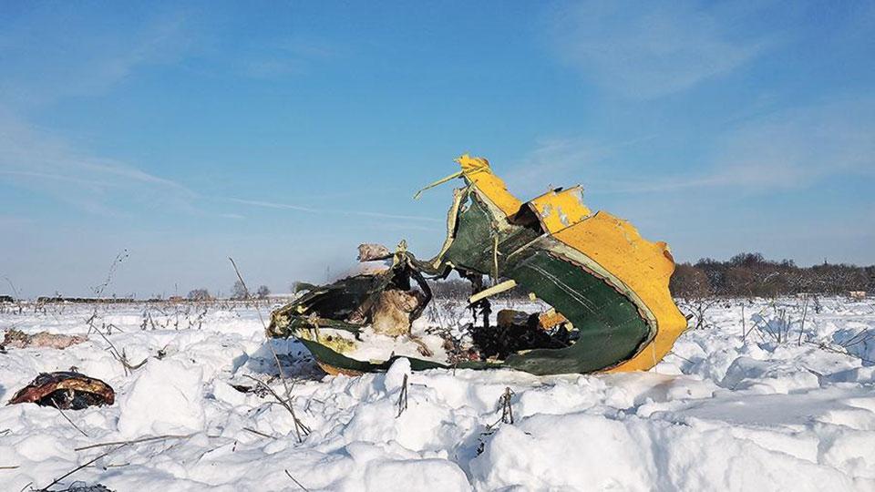 Власти обещали семьям погибших вавиакатастрофе вПодмосковье выплатить все долги