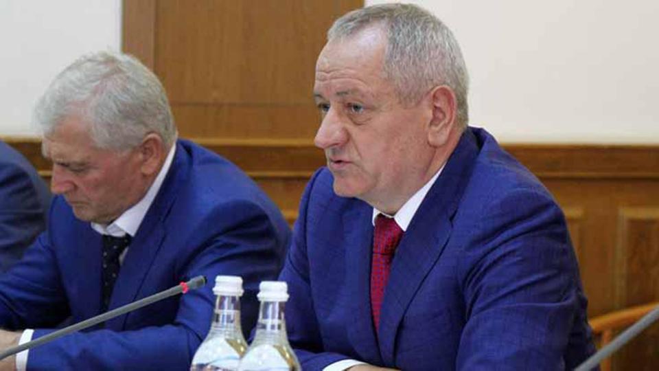 Уволен 1-ый вице-премьер Дагестана, вего доме прошли обыски