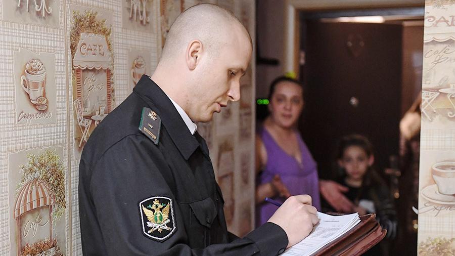 Судебные долги граждан России превысили 4 триллиона руб.