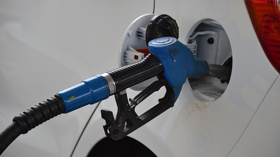 Топливный союз предупредил руководство ориске нового скачка цен набензин