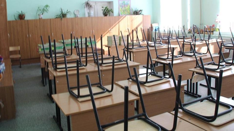 В связи с эпидемиологической обстановкой школьникам Саратова продлили осенние каникулы из за