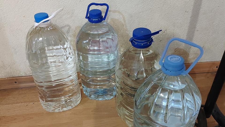 На трех улицах в центре Саратова отключили воду