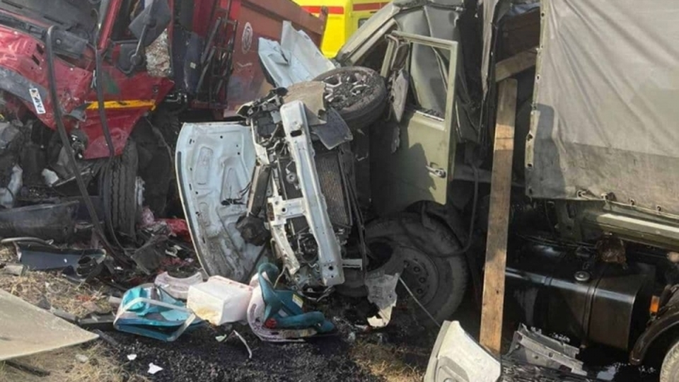 ДТП в Вольском районе с пятью погибшими. Выжившей девочке пересадили кожу, семью похоронили